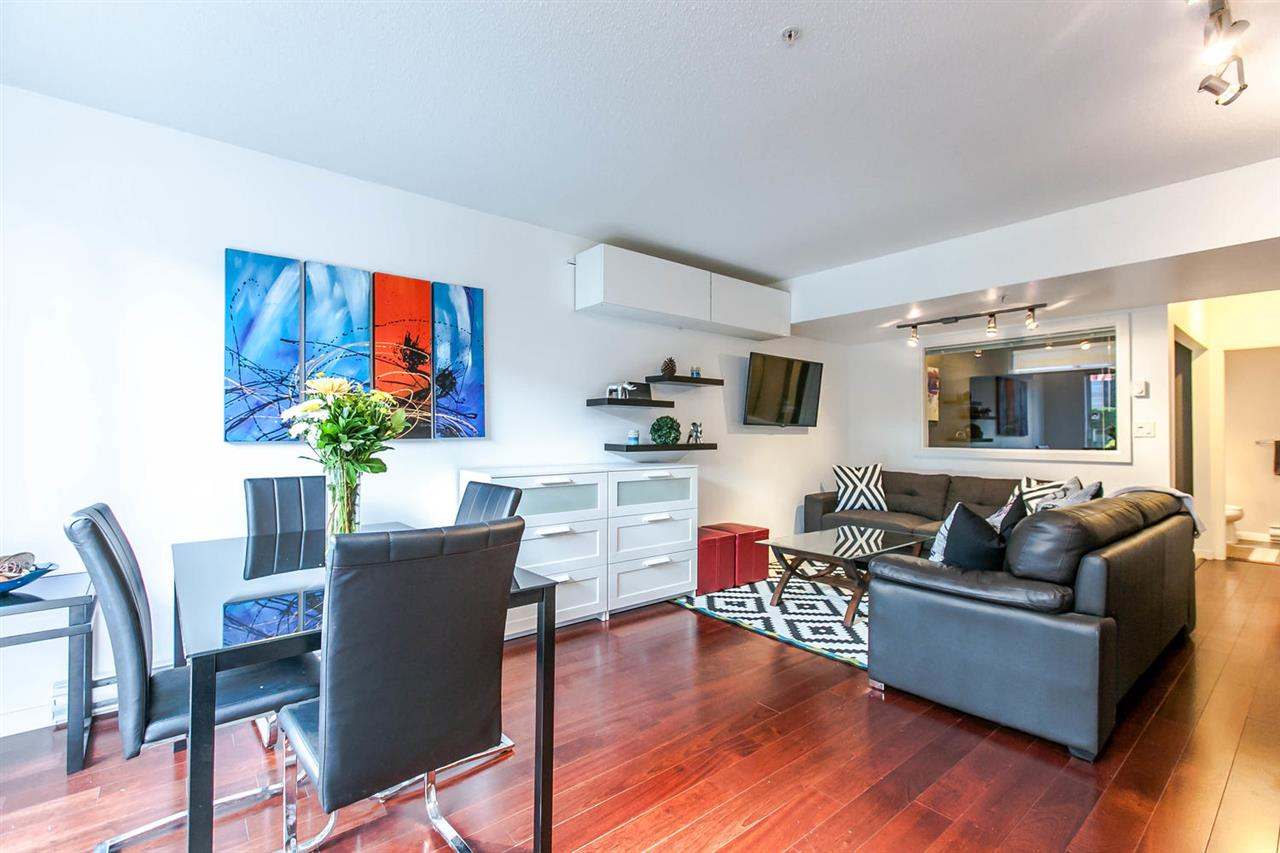 "Main Photo: 115 672 W 6TH Avenue in Vancouver: Fairview VW Condo for sale in ""The Bohemia"" (Vancouver West)  : MLS(r) # R2111915"