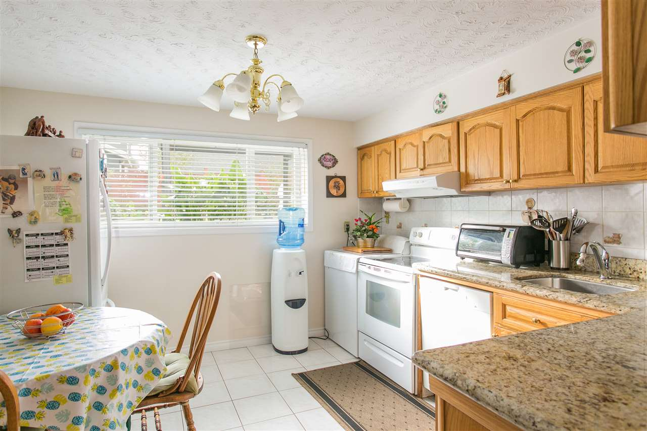 Photo 19: 5490 HARDWICK Street in Burnaby: Central BN House for sale (Burnaby North)  : MLS® # R2120515