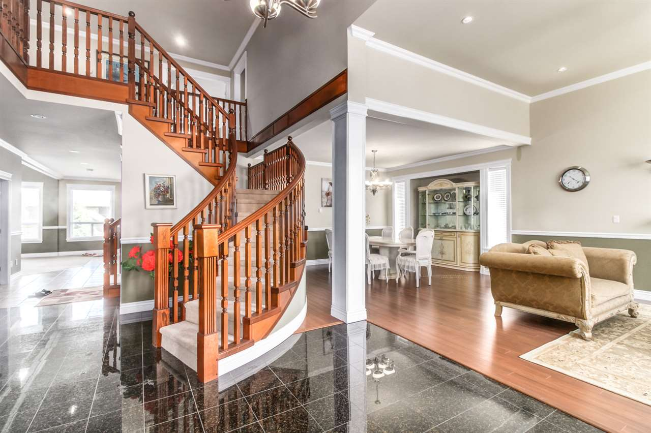 Photo 3: Photos: 16443 86B Avenue in Surrey: Fleetwood Tynehead House for sale : MLS® # R2170027