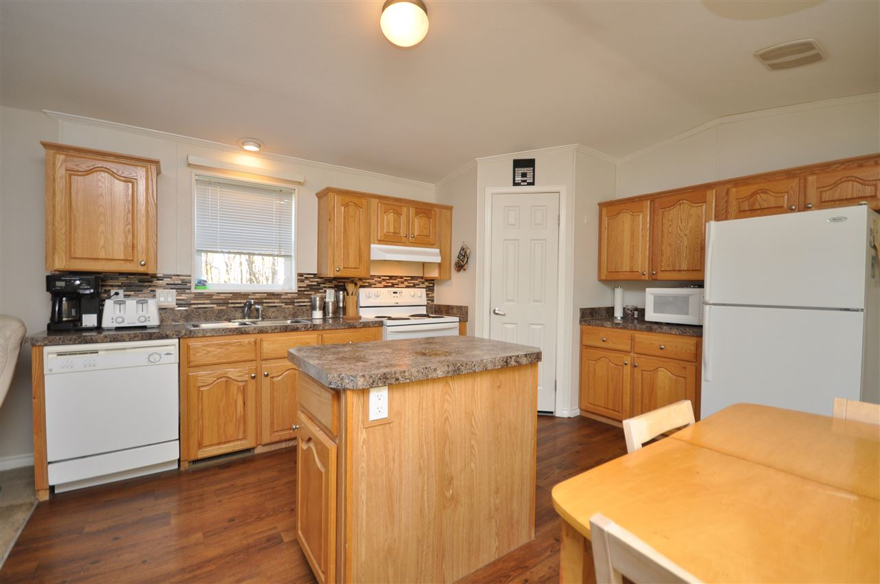 Photo 2: 164038 TWP RD 534: Rural Lamont County Manufactured Home for sale : MLS(r) # E4066496