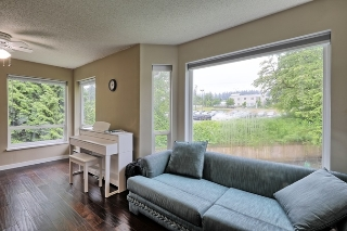 "Main Photo: 303 2855 152 Street in Surrey: King George Corridor Condo for sale in ""TRADEWINDS"" (South Surrey White Rock)  : MLS® # R2180785"