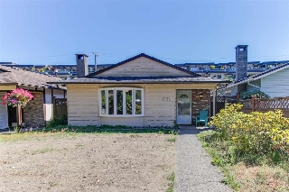 Main Photo: 1333 W 17TH Street in North Vancouver: Pemberton NV House for sale : MLS® # R2192068