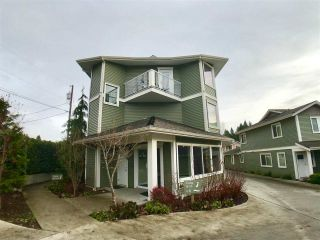 "Main Photo: 306 624 SHAW Road in Gibsons: Gibsons & Area Condo for sale in ""The Rosewood"" (Sunshine Coast)  : MLS® # R2225047"