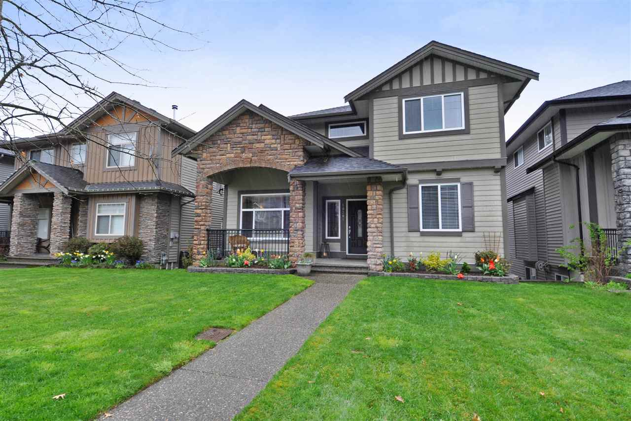Main Photo: 10381 ROBERTSON Street in Maple Ridge: Albion House for sale : MLS®# R2258775
