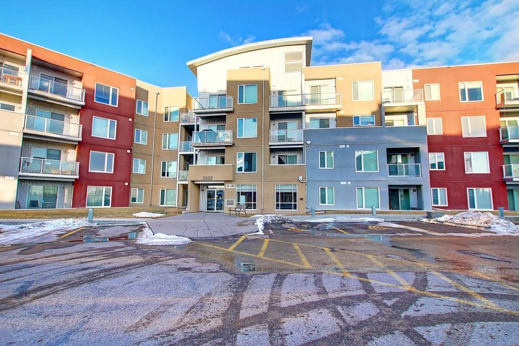 FEATURED LISTING: 2103 - 604 East Lake Boulevard Northeast Airdrie