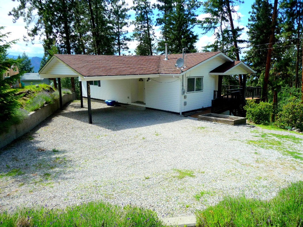 Main Photo: 3280 Juniper Street in Naramata: Residential Detached for sale : MLS® # 144187