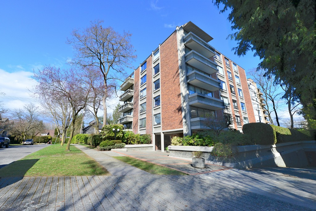 402 5350 balsam street in vancouver kerrisdale condo for for Balsam house