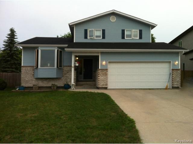Main Photo: 31 Chernichan Drive in WINNIPEG: North Kildonan Residential for sale (North East Winnipeg)  : MLS® # 1408887