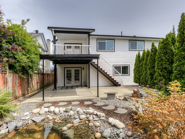 Photo 18: 20362 DALE Drive in Maple Ridge: Southwest Maple Ridge House for sale : MLS® # V1070411