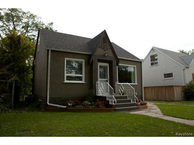 Main Photo: 524 St Catherine Street in WINNIPEG: St Boniface Residential for sale (South East Winnipeg)  : MLS® # 1423542