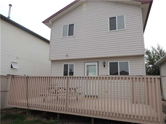 Photo 2: 350 ERIN Circle SE in Calgary: Erinwoods Residential Detached Single Family for sale : MLS(r) # C3644161