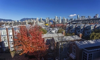 "Main Photo: 505 1508 MARINER Walk in Vancouver: False Creek Condo for sale in ""MARINER POINT"" (Vancouver West)  : MLS® # V1098904"