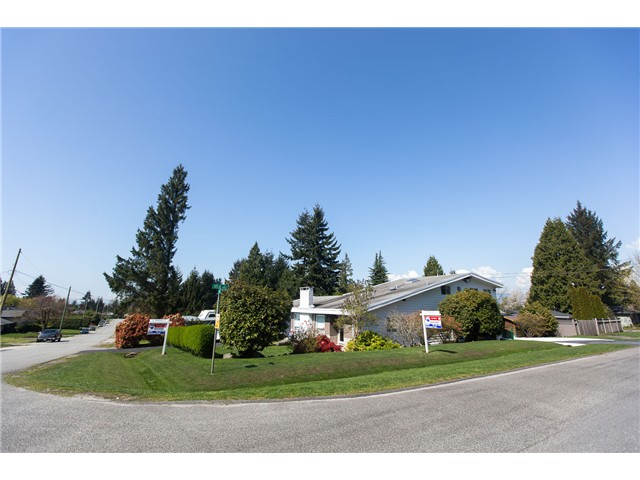 "Main Photo: 11541 94A Avenue in Delta: Annieville House for sale in ""Annieville"" (N. Delta)  : MLS® # F1437195"