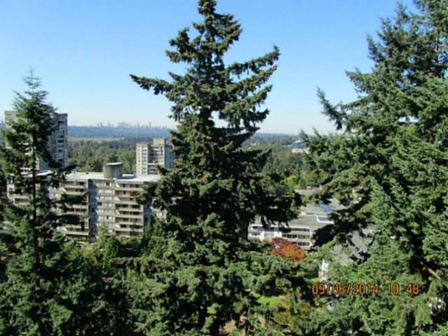"Photo 3: 1705 9541 ERICKSON Drive in Burnaby: Sullivan Heights Condo for sale in ""ERICKSON TOWER"" (Burnaby North)  : MLS(r) # V1133219"