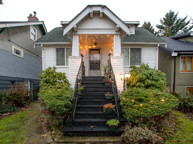 Photo 6: 1951 E 8TH Avenue in Vancouver: Grandview VE House for sale (Vancouver East)  : MLS(r) # R2028022