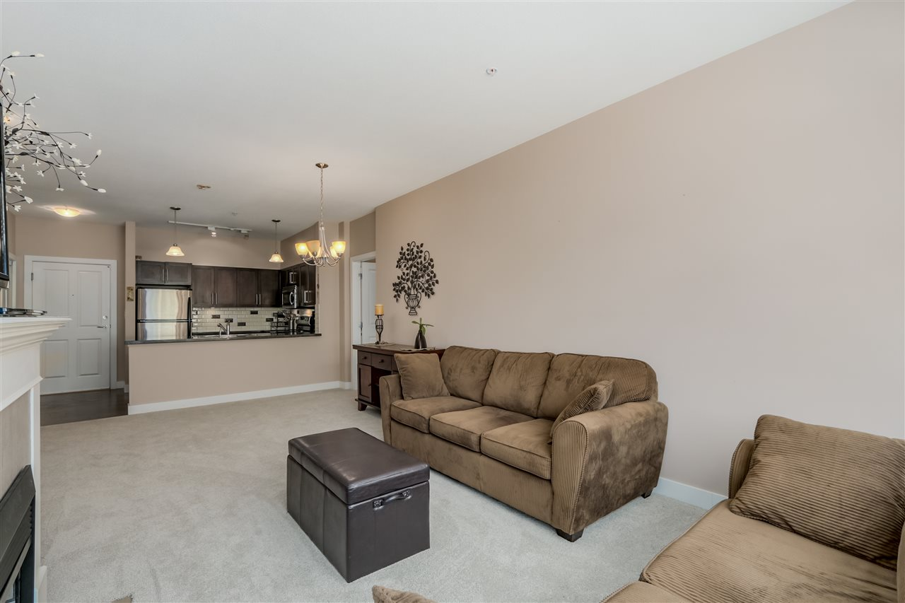 "Photo 10: 206 2353 MARPOLE Avenue in Port Coquitlam: Central Pt Coquitlam Condo for sale in ""EDGEWATER"" : MLS(r) # R2079901"