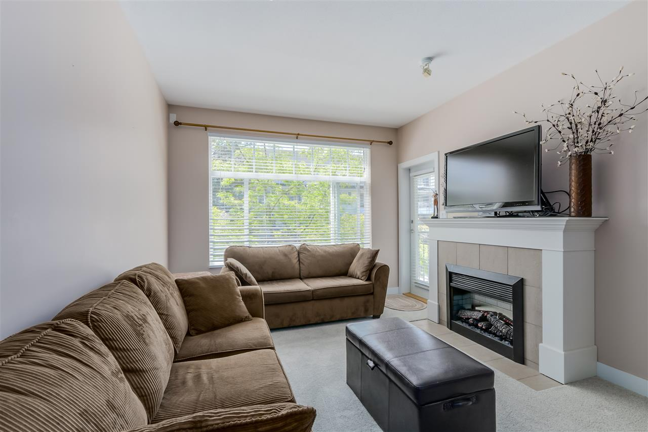 "Photo 5: 206 2353 MARPOLE Avenue in Port Coquitlam: Central Pt Coquitlam Condo for sale in ""EDGEWATER"" : MLS(r) # R2079901"