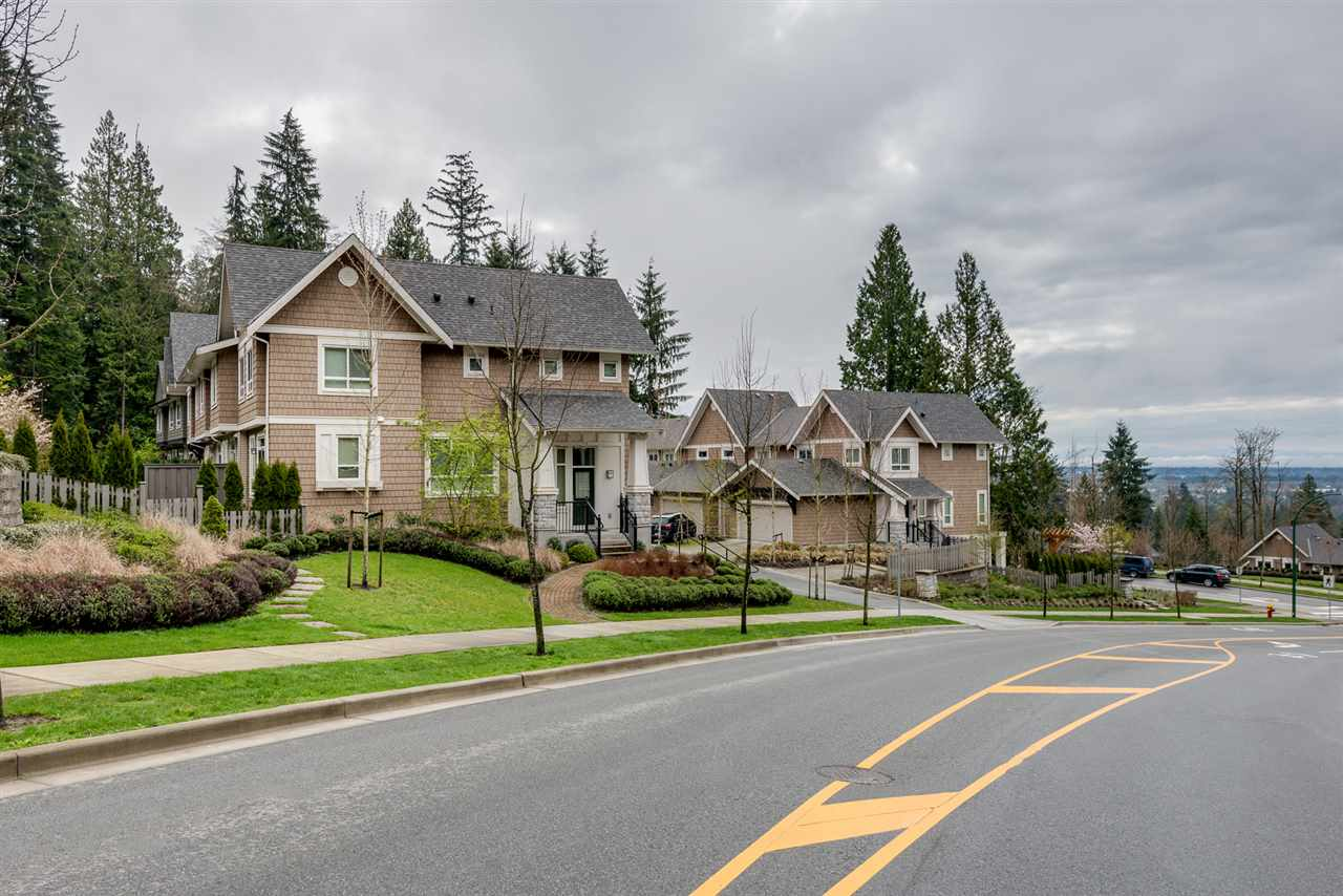 "Main Photo: 34 1295 SOBALL Street in Coquitlam: Burke Mountain Townhouse for sale in ""Tyneridge"" : MLS® # R2083896"