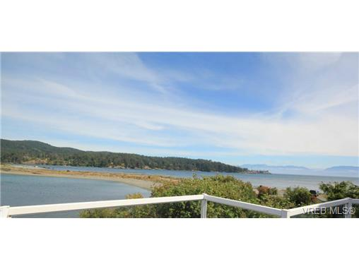 Main Photo: 6979 Sea Lion Way in SOOKE: Sk Whiffin Spit Single Family Detached for sale (Sooke)  : MLS® # 368318