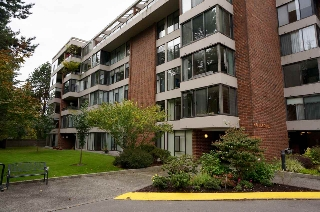 "Main Photo: 606 4101 YEW Street in Vancouver: Quilchena Condo for sale in ""Arbutus Village"" (Vancouver West)  : MLS® # R2109803"