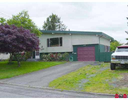 Main Photo: 10086 HYMAR DR in Chilliwack: Fairfield Island House for sale : MLS® # H2502034