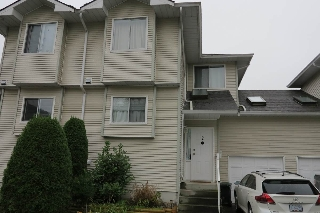 Main Photo: 2 19240 119 Avenue in Pitt Meadows: Central Meadows Townhouse for sale : MLS(r) # R2115539