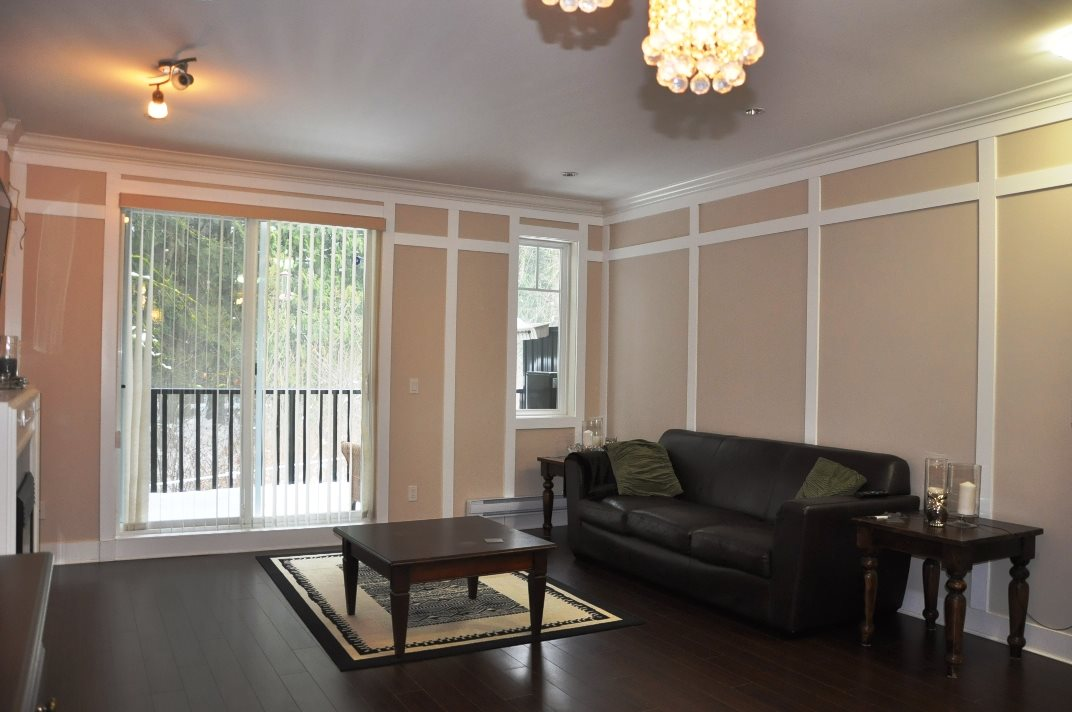 "Photo 5: 5 6383 140 Street in Surrey: Sullivan Station Townhouse for sale in ""PANORAMA WEST VILLAGE"" : MLS(r) # R2137891"