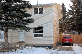 Main Photo: 18303 74 Avenue in Edmonton: Zone 20 Townhouse for sale : MLS(r) # E4053387