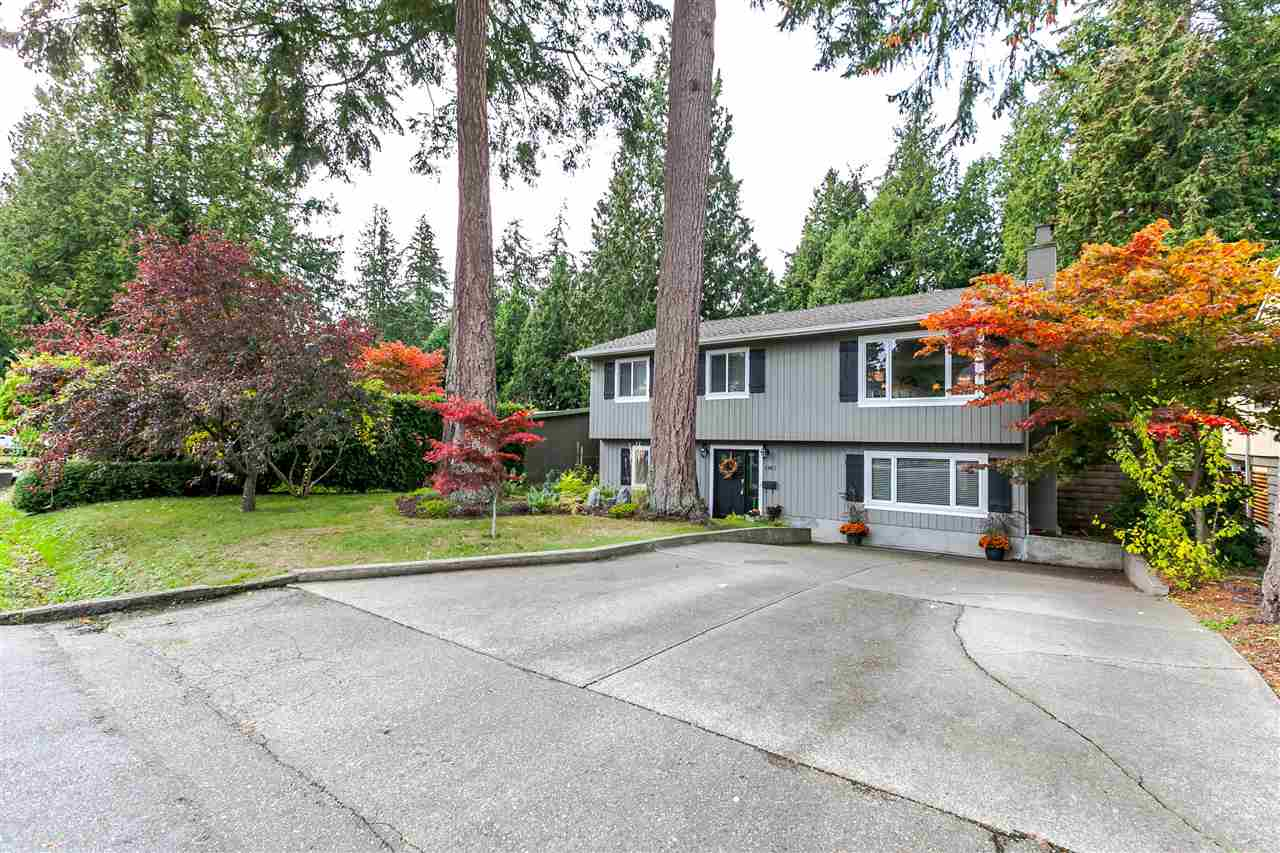 Main Photo: 1967 127A Street in Surrey: Crescent Bch Ocean Pk. House for sale (South Surrey White Rock)  : MLS® # R2145031
