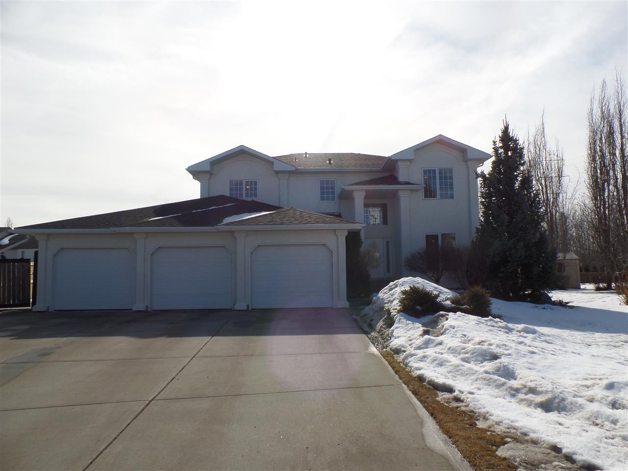 Main Photo: 407 Riverpark Drive: Fort Saskatchewan House for sale : MLS(r) # E4055309