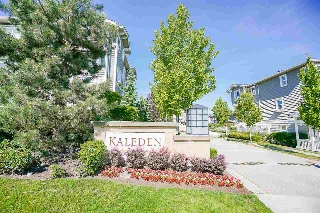 "Main Photo: 14 2729 158 Street in Surrey: Grandview Surrey Townhouse for sale in ""Kaleden"" (South Surrey White Rock)  : MLS(r) # R2173615"