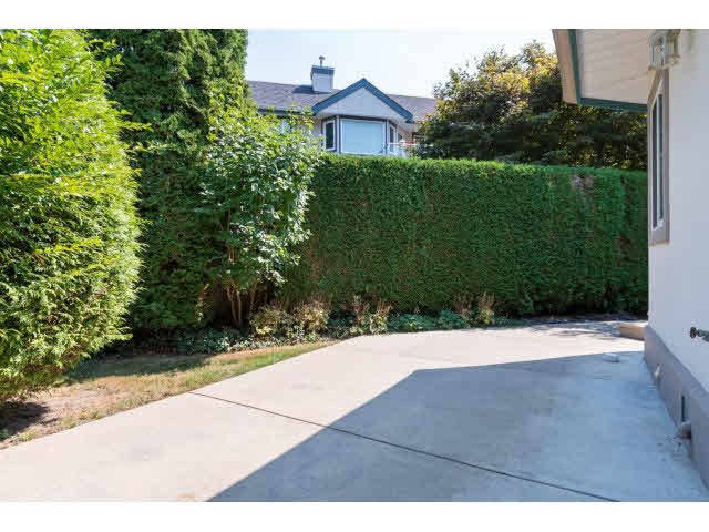 Photo 18: 13 13911 16 AVENUE in South Surrey White Rock: Home for sale : MLS® # F1449340