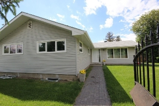 Main Photo: 8608 147 Street in Edmonton: Zone 10 House for sale : MLS(r) # E4068024