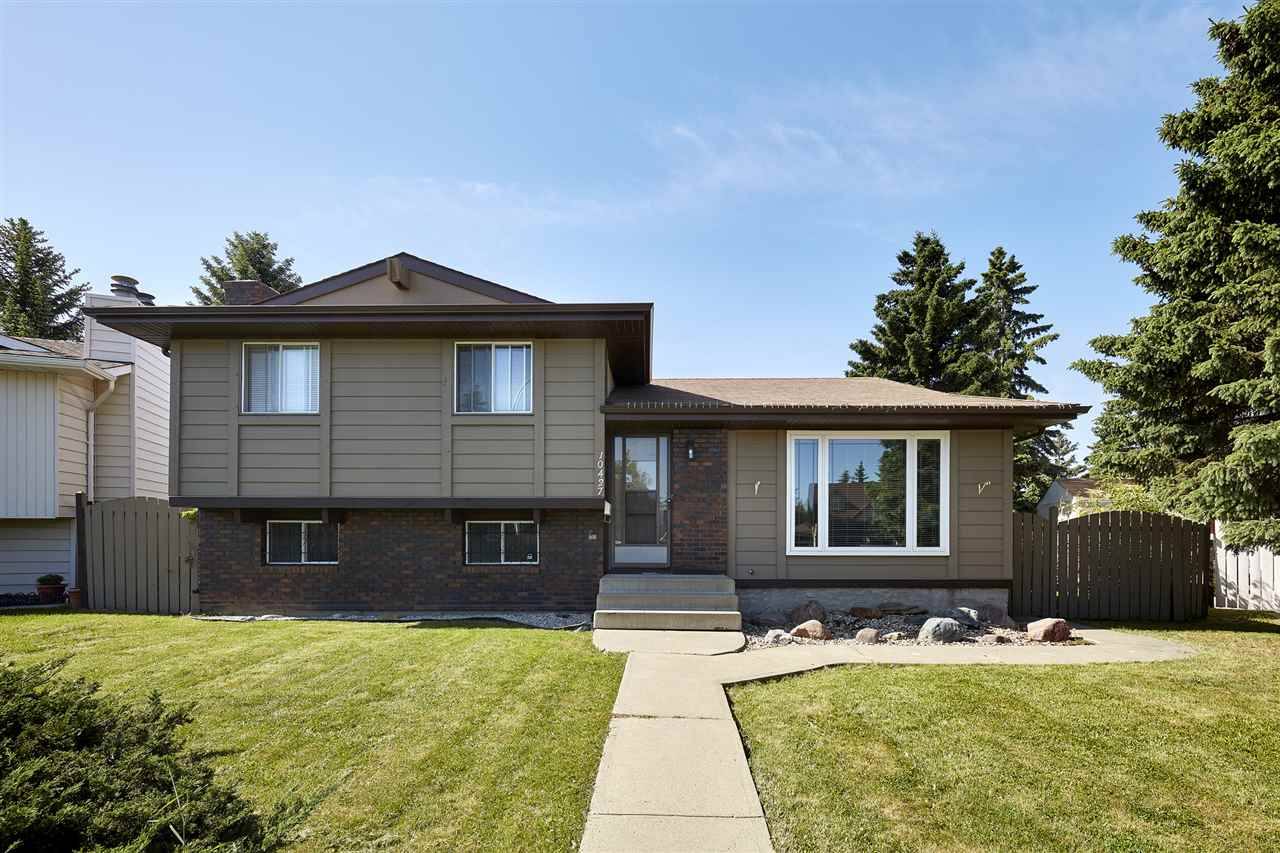 Main Photo: 10427 33 Avenue in Edmonton: Zone 16 House for sale : MLS(r) # E4068378