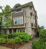 Main Photo: 2022 FRASER Avenue in Port Coquitlam: Glenwood PQ Condo for sale : MLS(r) # R2179901