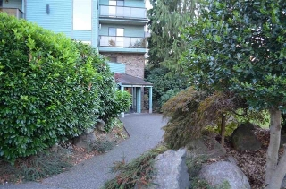 "Main Photo: 202 32124 TIMS Avenue in Abbotsford: Abbotsford West Condo for sale in ""CEDARBROOK MANOR"" : MLS® # R2180920"