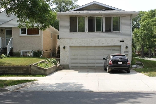 Main Photo: 9260 92 Street in Edmonton: Zone 18 House for sale : MLS(r) # E4073964