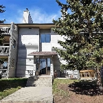 Main Photo: 105 6208 180 Street in Edmonton: Zone 20 Condo for sale : MLS® # E4080893