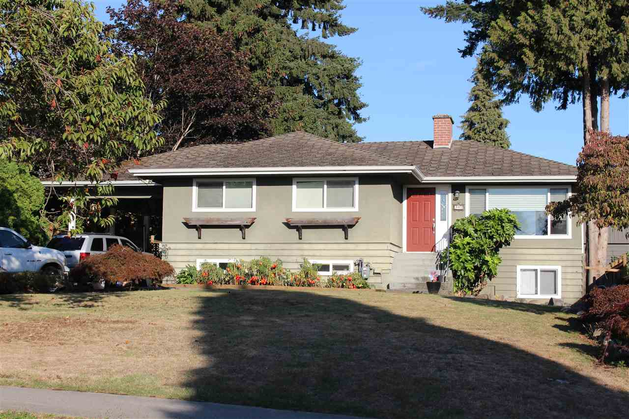 Main Photo: 213 FINNIGAN Street in Coquitlam: Central Coquitlam House for sale : MLS® # R2210061
