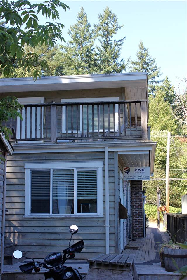 "Photo 4: Photos: 449 BOWEN ISLAND TRUNK Road: Bowen Island House for sale in ""SNUG COVE"" : MLS® # R2210832"