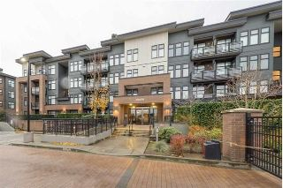"Main Photo: 104 20058 FRASER Highway in Langley: Langley City Condo for sale in ""VARSITY"" : MLS® # R2241312"