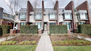 "Main Photo: 6130 OAK Street in Vancouver: Oakridge VW Townhouse for sale in ""OAK"" (Vancouver West)  : MLS® # R2250697"