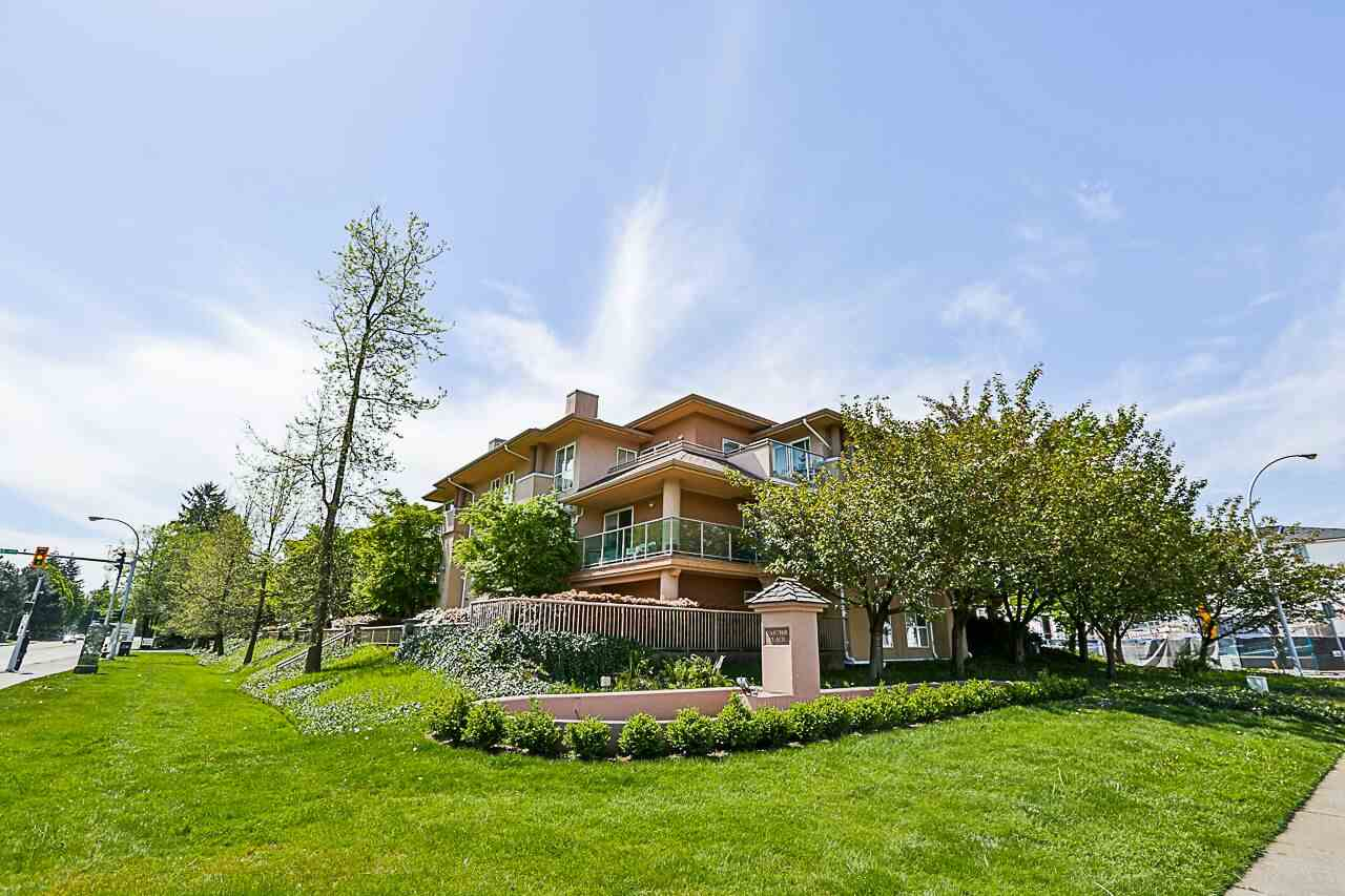 "Main Photo: 105 14998 101A Avenue in Surrey: Guildford Condo for sale in ""CARTIER PLACE"" (North Surrey)  : MLS®# R2266870"