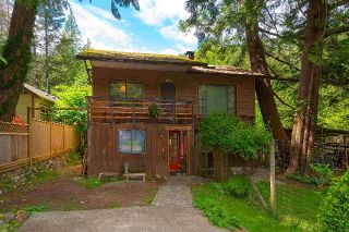 "Main Photo: 1312 OCEANVIEW Road: Bowen Island House for sale in ""SCARBOROUGH"" : MLS®# R2267684"
