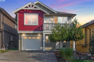 Main Photo: 905 Cavalcade Terrace in VICTORIA: La Florence Lake Single Family Detached for sale (Langford)  : MLS®# 400726