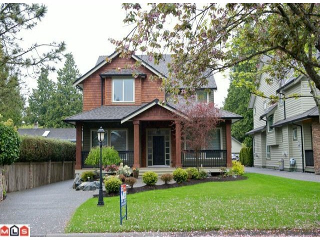 "Main Photo: 2350A HARBOURGREENE Drive in Surrey: Crescent Bch Ocean Pk. House for sale in ""OCEAN PARK"" (South Surrey White Rock)  : MLS® # F1112801"