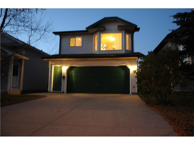 Main Photo: 38 ERIN LINK SE in CALGARY: Erinwoods Residential Detached Single Family for sale (Calgary)  : MLS® # C3497032