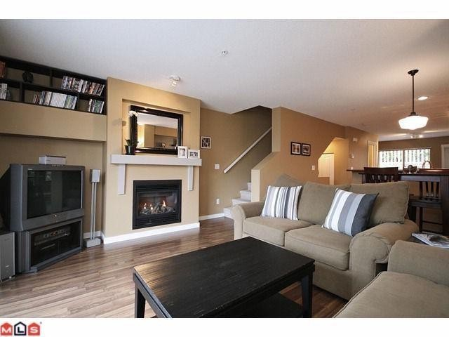 "Photo 2: # 13 20350 68TH AV in Langley: Willoughby Heights Condo for sale in ""Sunridge"" : MLS® # F1106051"