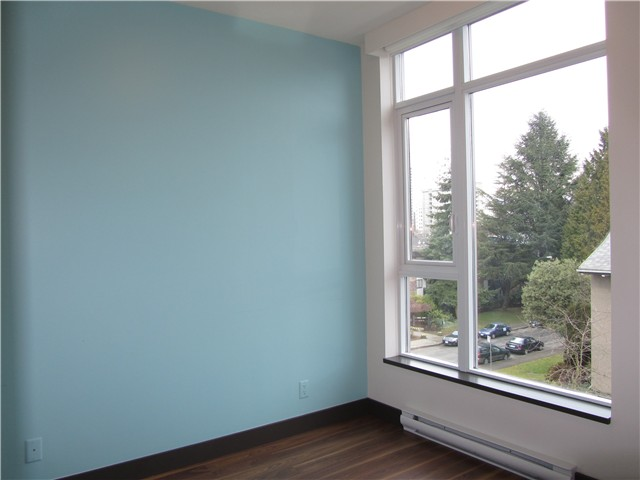 "Photo 12: 404 1088 W 14TH Avenue in Vancouver: Fairview VW Condo for sale in ""COCO"" (Vancouver West)  : MLS(r) # V1044068"