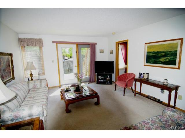 Photo 3: 6645 Roblin Boulevard in WINNIPEG: Charleswood Condominium for sale (South Winnipeg)  : MLS(r) # 1413051